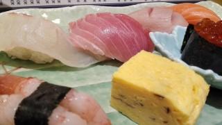 梅田【魚心・梅田店】でかいネタと信頼の味!寿司食うならココでええんちゃう?!